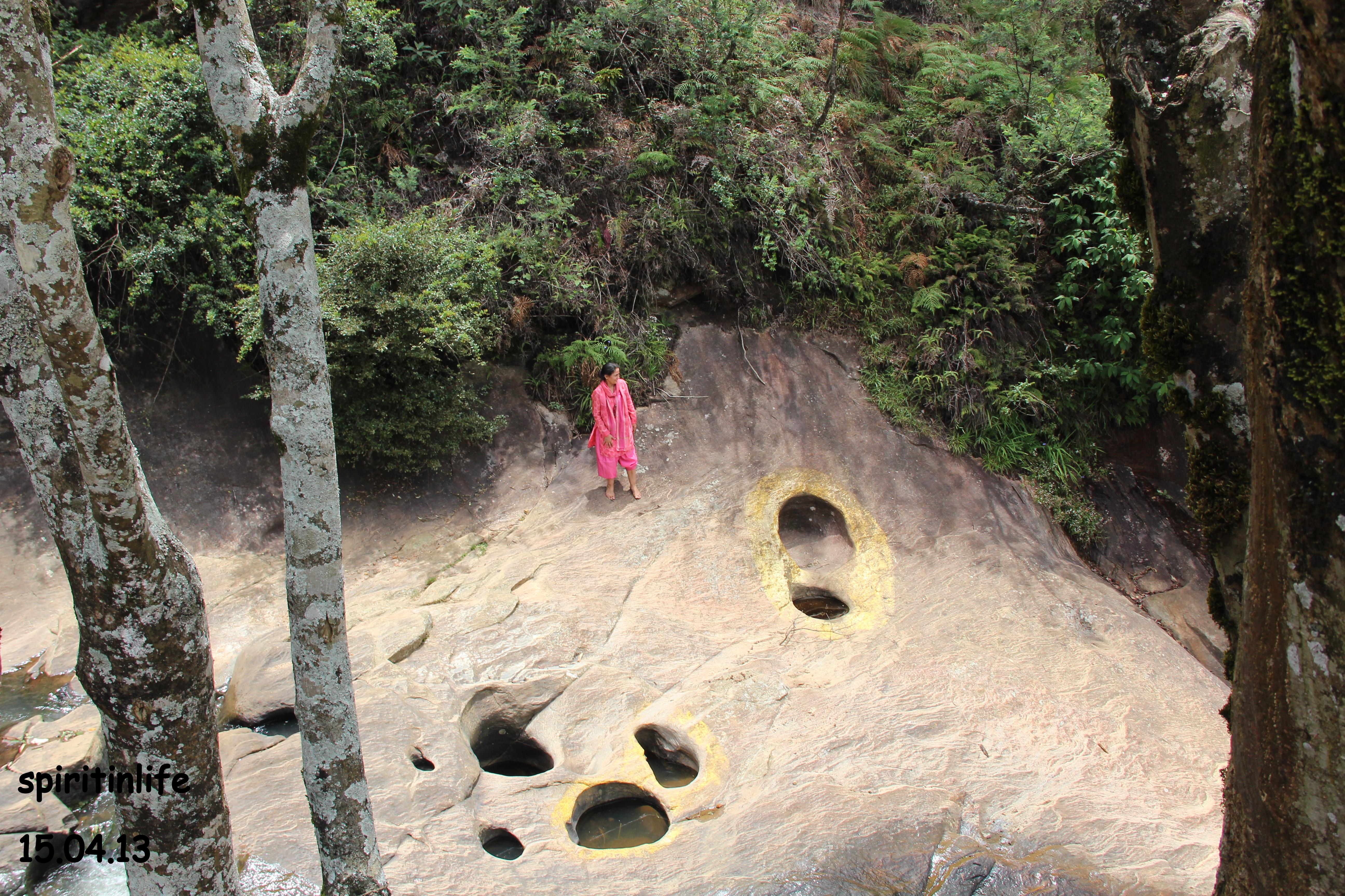 Nuwara Eliya,Hanuman Footprints.jpg