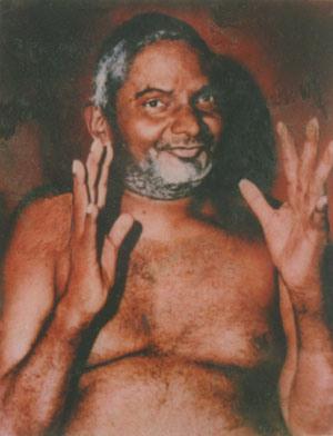 nityananda-baba-blessing
